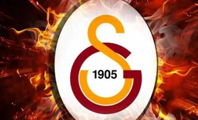 Galatasaray, Emre Akbaba'nın lisansını çıkardı