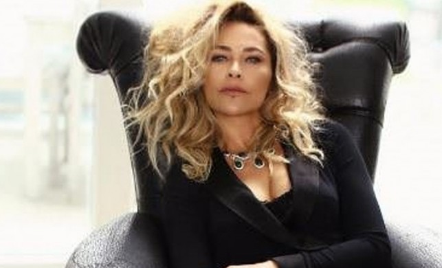 Hülya Avşar, sinemanın hikaye sorunu yaşadığını söyledi