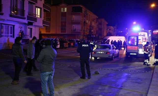 Ankara'da otomobile ateş açıp kaçtılar