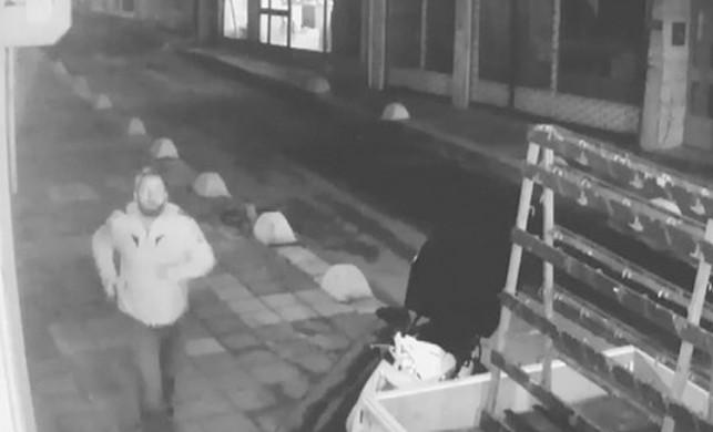 Kadıköy'de yılbaşı gecesi kadını taciz eden sapık yakalandı