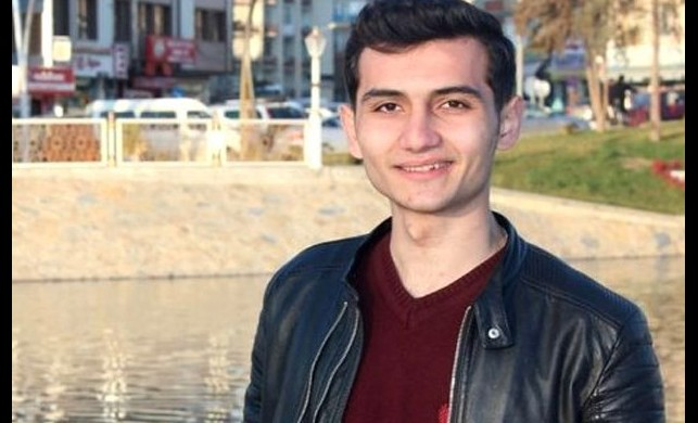 Kavgayı ayırmak isteyen 16 yaşındaki genç göğsünden bıçaklanarak öldürüldü