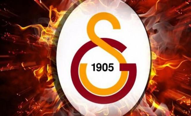 Galatasaray transfer gelişmeleri yaşanmaya devam ediyor... Dördüncü imza Jeison Murillo'ya attırıldı