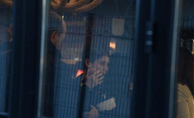Hazal Kaya ve Ali Atay çiftinin bebekleri Fikret Ali ilk kez dışarıda görüntülendi