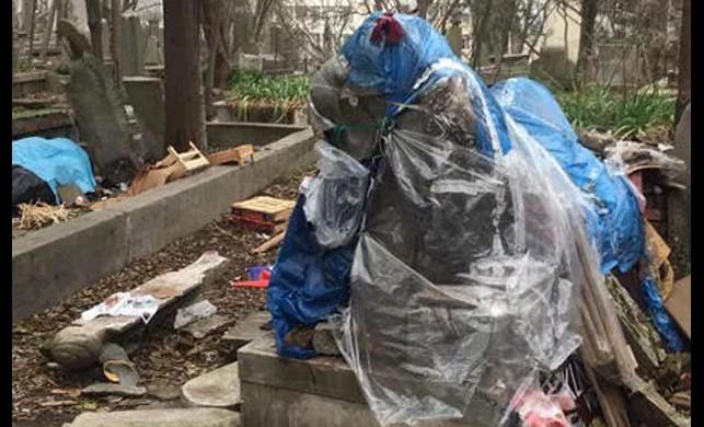 Şişli'de bulunan tarihi Maçka Mezarlığı'nın içler acısı hali görenleri isyan ettirdi