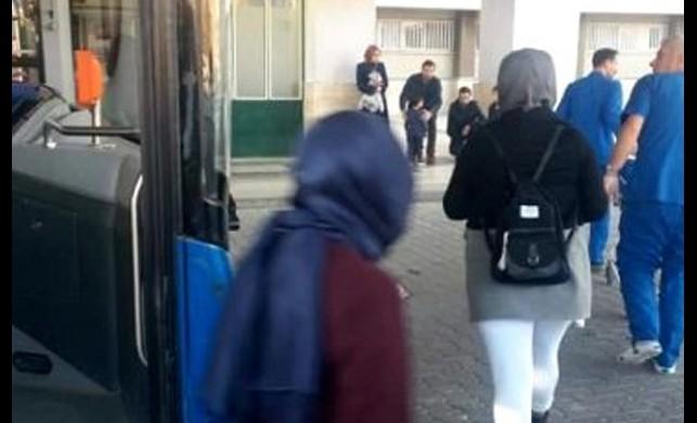 Elazığ'da rahatsızlanan yolcu belediye otobüsüyle hastaneye yetiştirildi