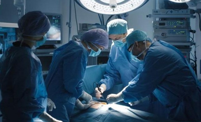 Sağlık Bakanı Fahrettin Koca'dan 'propofol' etken maddeli anestezi açıklaması