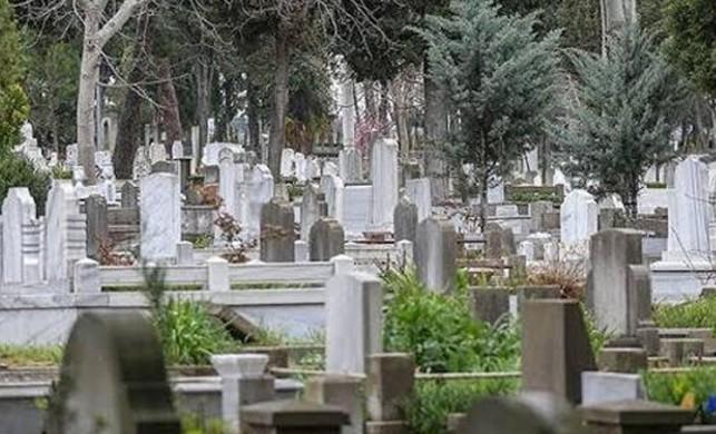 Günde 220 kişi hayatını kaybediyor... İstanbul'da 20 yıl sonra mezar yeri kalmayacak
