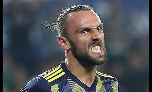 Fransız kulübü Monaco, Fenerbahçe'nin yıldız golcüsü Vedat Muriqi'i yakın takibe aldı