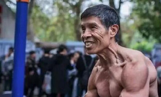Maske takmayı reddeden vücut geliştirme şampiyonu Qiu Jun, koronavirüsten öldü
