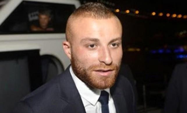 Ünlü futbolcu Gökhan Töre aşkını sosyal medyadan ilan etti!