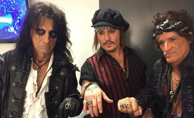 Johnny Depp ile fotoğraf çektirmenin bedeli 10 bin lira!