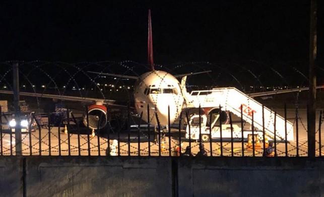 Bağdat'tan Ankara Esenboğa Havalimanı'na gelen uçaktaki 57 kişi karantinaya alındı!
