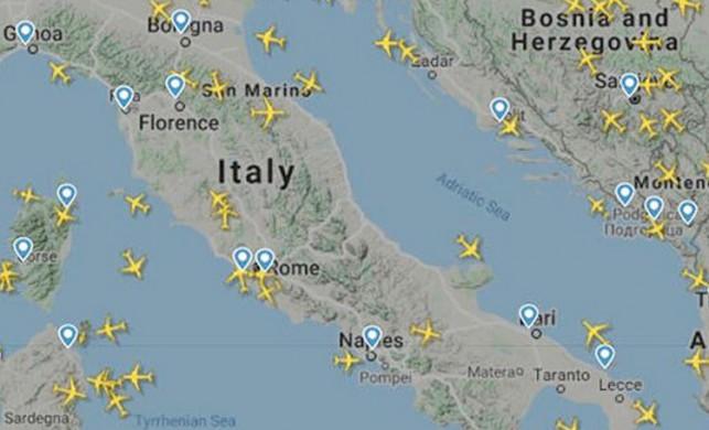 İtalya hava sahasındaki uçak trafiği büyük düşüş yaşadı