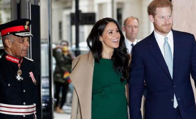 Gündeme bomba gibi düşen iddia: Prens Harry'ye koronavirüs mü bulaştı?