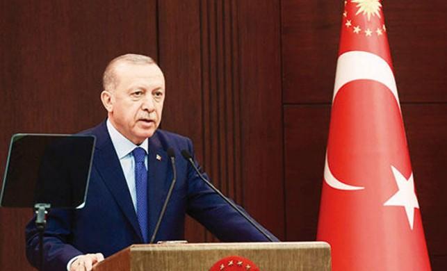 Koronavirüs zirvesinde Cumhurbaşkanı Erdoğan'ın teşekkürü, Bakan Koca'yı ağlattı