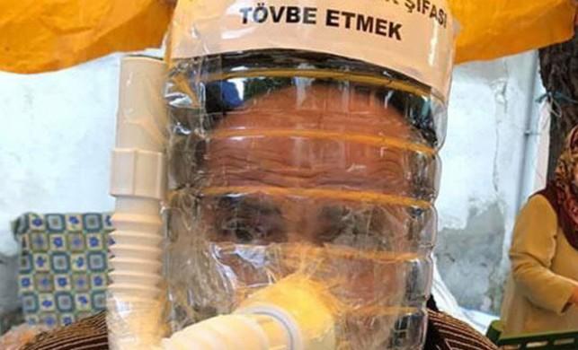 Sakarya'da bir vatandaşın su bidonu ve lavabo giderinden yaptığı maske ilgi gördü