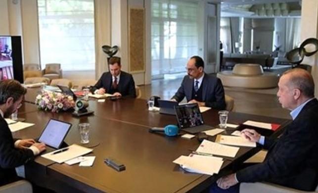 Cumhurbaşkanlığı Kabinesi toplandı! 2 kritik konu var...