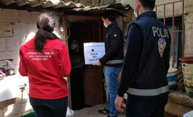 İstanbul'da Vefa Sosyal Destek Grubu vatandaşların ihtiyacını karşıladı