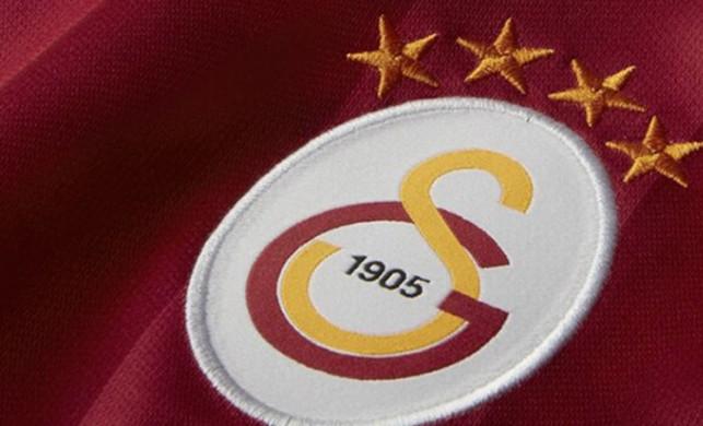Galatasaray'dan boş tribünlere ilginç çözüm! Taraftar maketi...