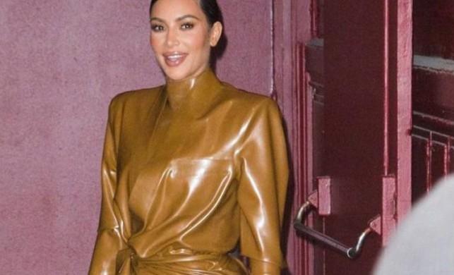 Kim Kardashian koronavirüsü fırsat bildi! Tanesi 8 dolardan maske üretmeye başladı...