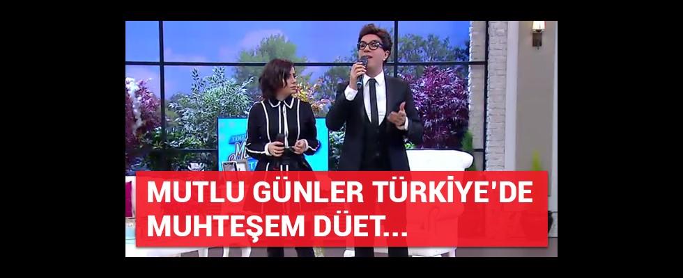 Mutlu Günler Türkiye'de muhteşem düet