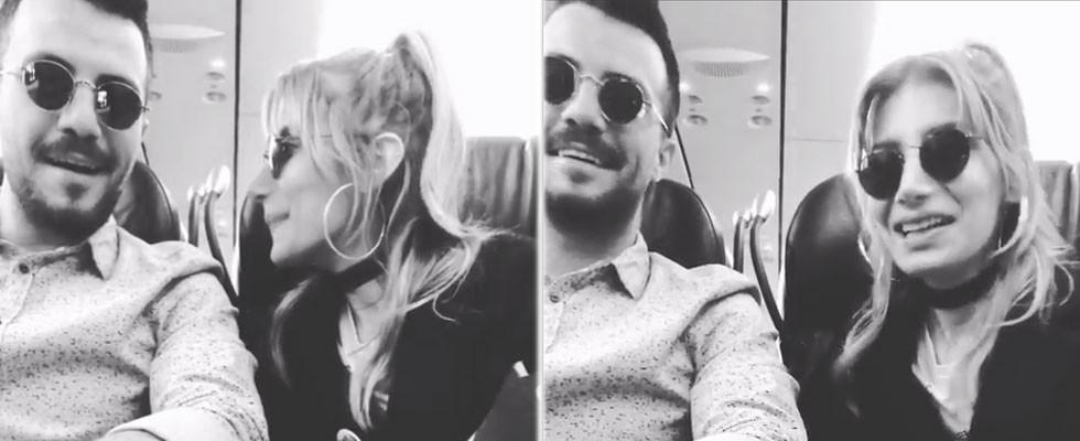 Uçakta aşka geldiler