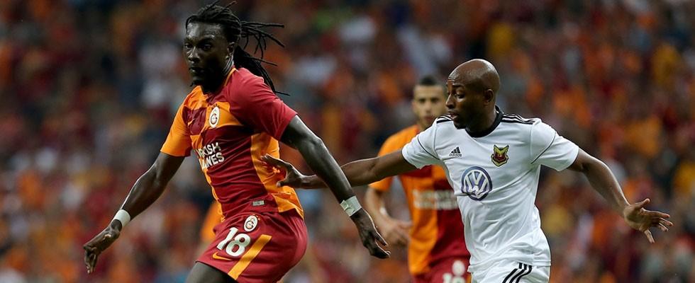 Galatasaray'da Gomis sürprizi!