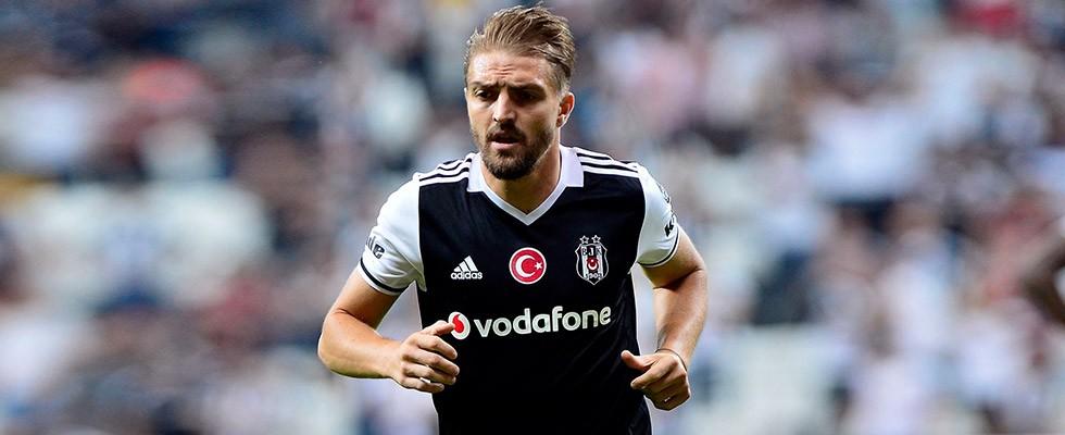 Caner Erkin'e Fenerbahçelilerden büyük tepki!