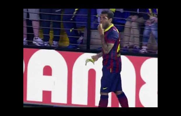 Alves'ten İspanya'ya ırkçılık suçlaması