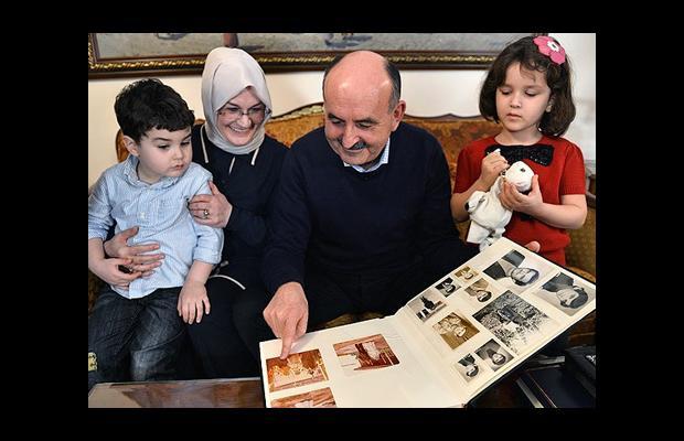 Bakan, çocukluk aşkıyla geçirdiği 37 yılı anlattı