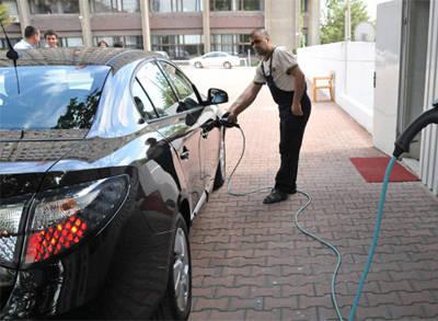 Kamu Kuruluşları Elektrikli Araç Kullansın