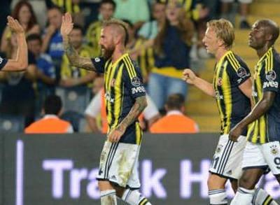 Fenerbahçe Rekora Koşuyor