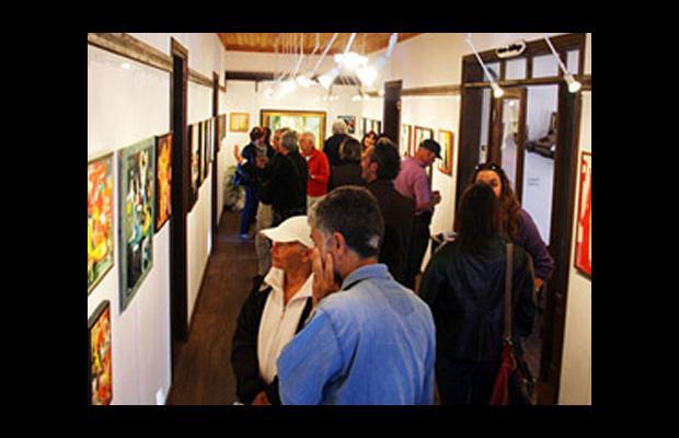 ABD'li resim sanatçısı Rodman, Kaş'ta sergi açtı