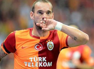 Sneijder Tribüne Çıkabilir