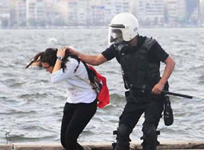 O Polislere Ceza Geliyor!