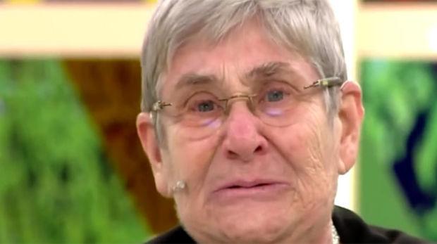 Kalp ve İç Hastalıkları Profesörü Canan Karatay, canlı yayında hem ağladı hem de ekran başında kendisini izleyenleri ağlattı