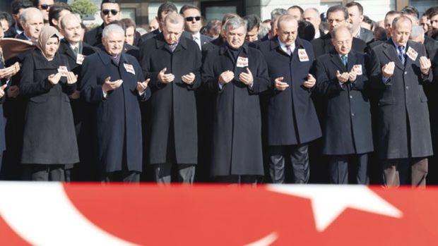 Beşiktaş'taki saldırıda polisler 2. bombayı önledi, kendileri şehit oldu
