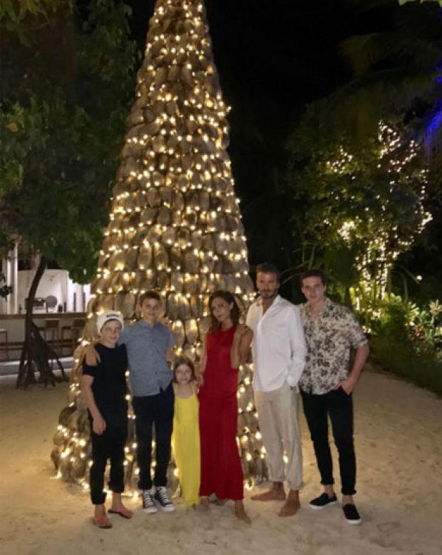Eski futbolcu David Beckham, yeni yılı ailesiyle birlikte Maldivler'de karşıladı