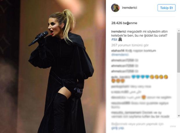 Şarkıcı İrem Derici, geçtiğimiz yıl sahne aldığı bir ödül töreninde çekilen fotoğrafını paylaştı