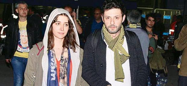 Oyuncu İnan Ulaş Torun ve sevgilisi Algı Eke'nin 1 Haziran'da gizlice evlendikleri ortaya çıktı.