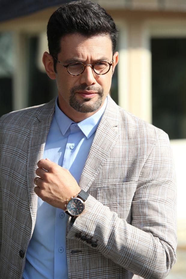 Yapımcılığını ANS'nin üstlendiği, Star Tv'nin ilgiyle takip edilen polisiye TV filmleri serisi Çember'in yeni bölümüne sürpriz bir karakterle yakışıklı oyuncu Keremcem konuk oluyor.