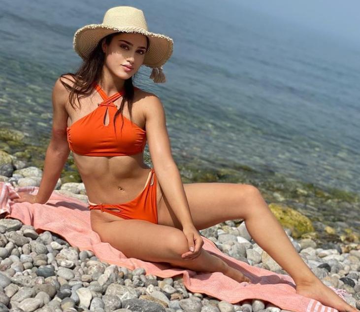 Survivor yarışmacısı Bahar Seviş, Instagram paylaşımlarıyla dikkat çekiyor