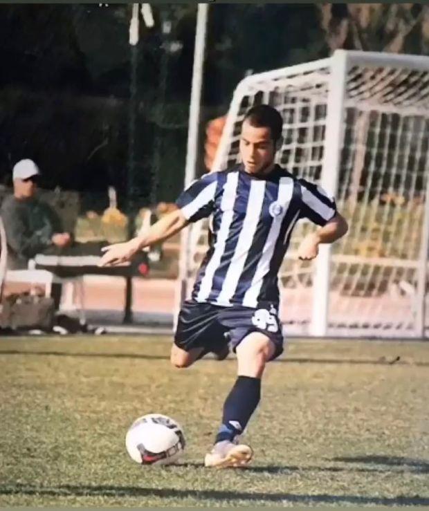 Doğan Keser, yaşadığı sakatlık nedeniyle, çok sevdiği futbola devam edemediğini ve bırakmak zorunda kaldığını belirtiliyor.