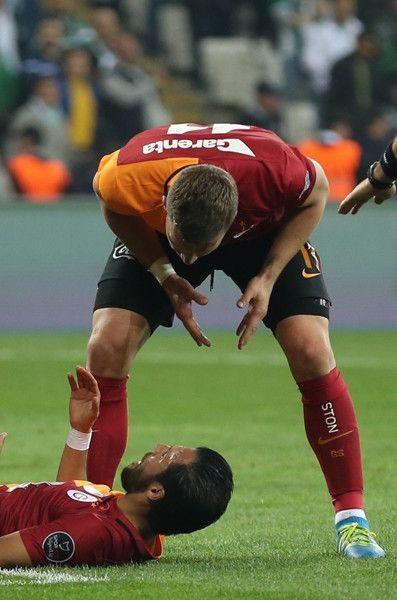 Podolski maç sonu Yasin ile tartışmasını anlattı!