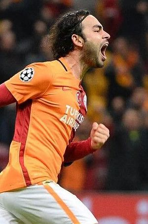 Galatasaray yönetiminden şok karar!