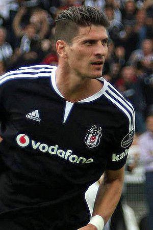 Beşiktaş forvet adaylarını belirledi