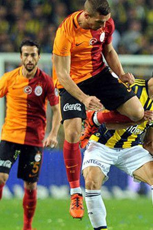 Galatasaray Fenerbahçe Kupa maçı sonucu: 1 - 0   ( ZTK Özeti İzle)
