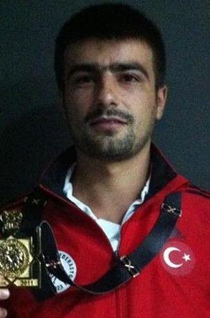 Milli güreşçi patlamada öldü