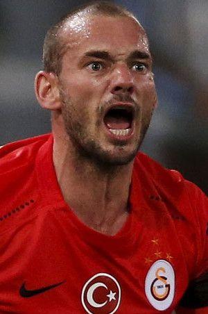 Galatasaray'da bir Sneijder krizi daha!