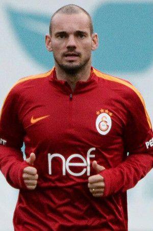 Sneijder'e büyük şok! Yönetim kararını verdi